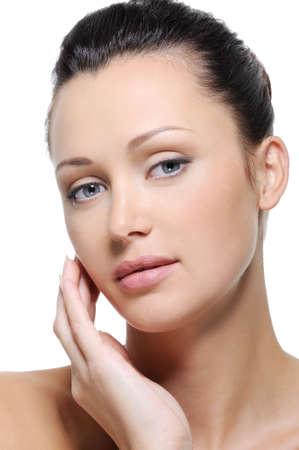 Limpieza de la piel sana fresca de rostro de mujer con los ojos azules Foto de archivo - 5571415