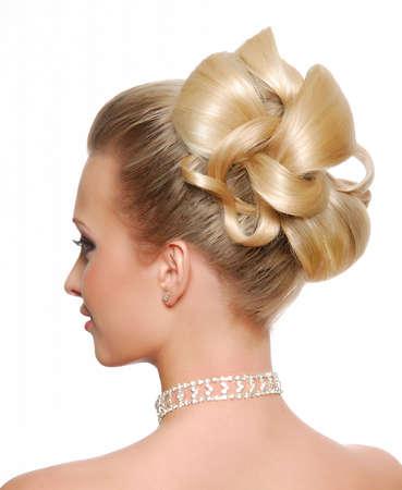 hochzeitsfrisur: Moderne Hochzeit Frisur R�ckseite anzeigen auf isolierte white Lizenzfreie Bilder