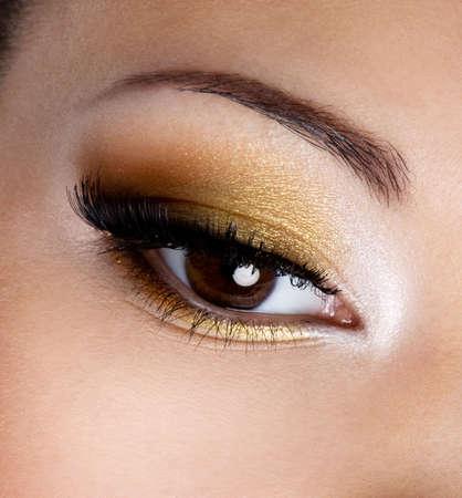 eyelid: Modern fashion makeup of a female eye - macro shot  Stock Photo