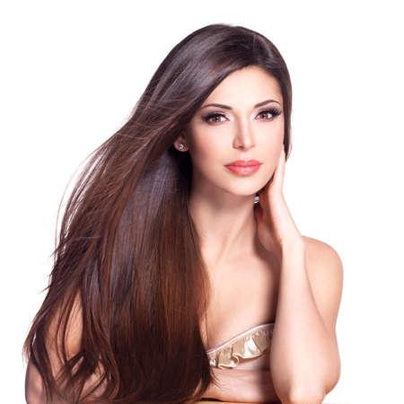 아름다움: 긴 직선 머리를 가진 아름 다운 예쁜 여자의 초상화