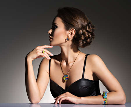 young woman nude: beautiful woman with evening make-up jewelry and beauty fashion photo