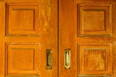 Houten deur met vintage handvat Stockfoto