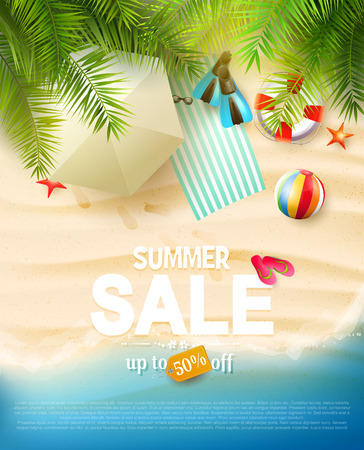 Summer sale flyer with summer accessories on the beach Banque d'images - 121440573