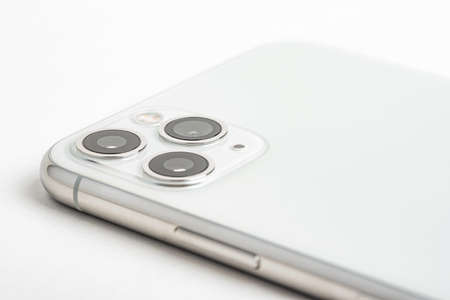 Vidalia, Georgia, USA  September 27, 2019: A studio product shot of Apple's iPhone 11 Pro Max mobile phone in silver set on white background. 에디토리얼