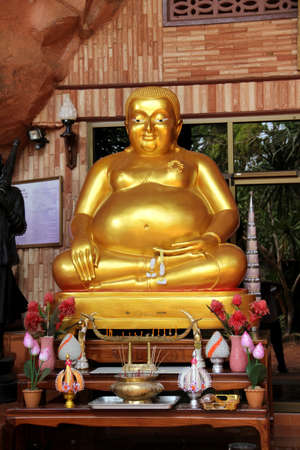 buddha statue in temple photo
