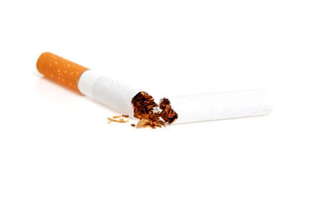Broken cigarette isolated on white background 版權商用圖片
