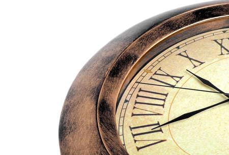 Alte Uhr auf einem weißen Hintergrund