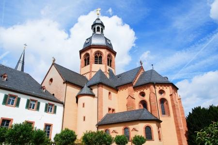 benedictine: Bas�lica y Abad�a benedictina en Seligenstadt