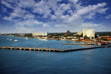 cozumel: El colorido puerto de Cozumel, M�xico