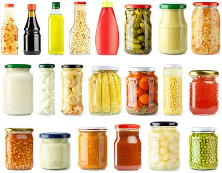 mahonesa: verduras encurtidas y conjunto de ingridients de alimentos