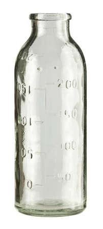 reciclar vidrio: Botella de leche vac�as de vintage incoloro, aislada.