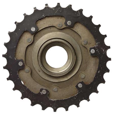 pulley: Engranaje de la bicicleta, cremallera de metal. Aislado en blanco.