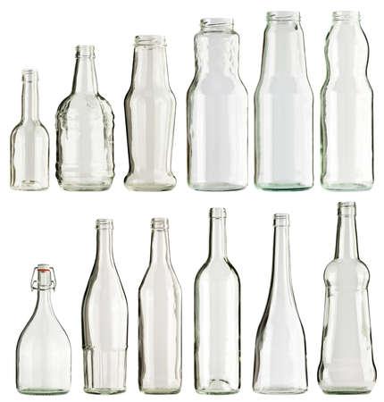 botellas vacias: Recolección de botellas de vidrio vacías, aislado