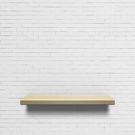 blanco: Estante de madera en una pared de ladrillo blanco