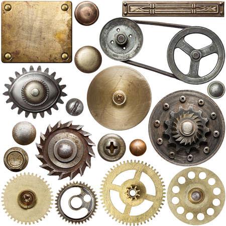 Schroefkoppen, tandwielen, texturen en andere metalen details.