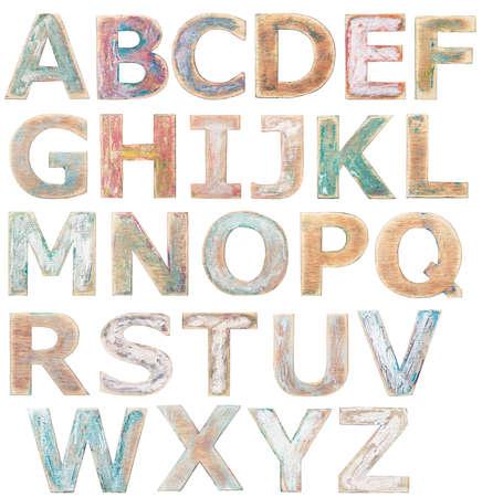 cartas antiguas: Letras del alfabeto de madera aislados en blanco