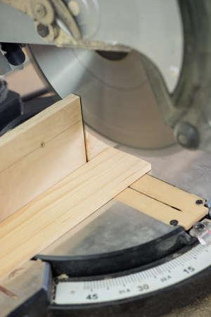cross cut: Cross cut circular saw for woodwork
