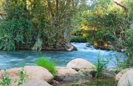 Jordan 川 - 北のイスラエルの主な Jordan 給餌ストリームのいずれか Hazbani に Jordan 写真素材
