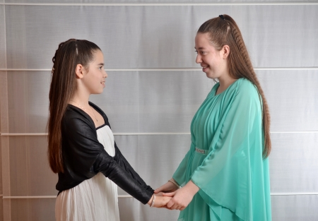 bar mitzvah: Secular 12-year-old Israeli teenager celebrating her Bat Mitzvah with her older sister