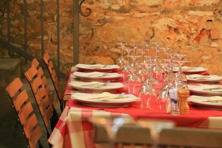 plato del buen comer: escenas del restaurante