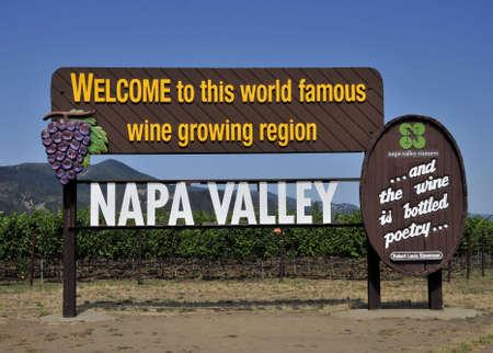 napa valley: Napa Valley Vineyards Editorial