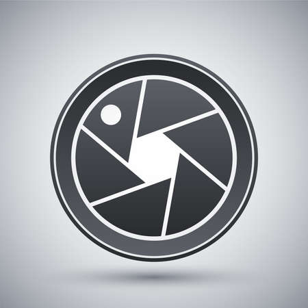 cinematographer: Vector camera lens icon Illustration