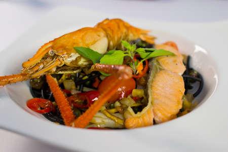 jumbo shrimp: Jumbo shrimp on a plate