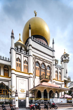 2020-JUN-14, Singapore: Views of the Sultan Mosque in central Singapore
