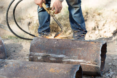 metal cutting: metal cutting with acetylene torch