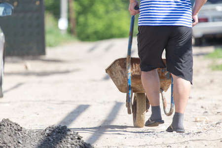 road repair, dry asphalt waste