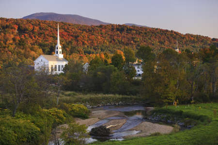 england: Fall Foliage and the Stowe Community Church, Stowe, Vermont, USA