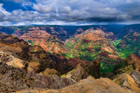 waimea canyon state park: Overlooking Waimea Canyon State Park on the island of Kauai, Hawaii, USA, nicknamed the Grand Canyon of the Pacific