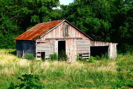 farmyard: Rustic Red   Gray Slatted Barn