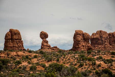 moab: Moab Utah Arches National Parc balanced Rocks