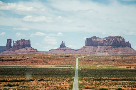monument valley: Monument Valley three sisters navajo tribal parc Stock Photo
