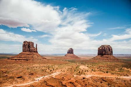 three sisters: Monument Valley three sisters navajo tribal parc 2
