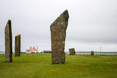 立っている石のステネス オークニー諸島スコットランド A 新石器時代ストーン サークル