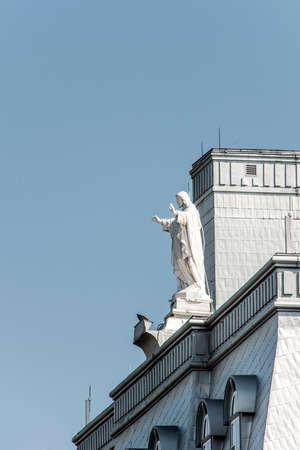 Ville de Québec, Canada Vieille ville sculpture de religion blanche près de la chapelle appelée Maison Mere-Mallet des soeurs de la Charité