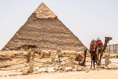 The Great Pyramids of Giza desert near Cairo in Egypt unesco cultural heritage Standard-Bild - 117551952