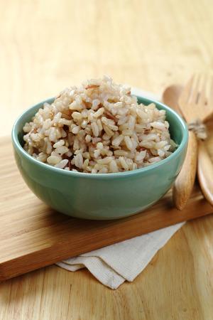 arroz: Arroz en la placa de madera