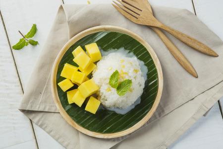 Mango sticky rice photo