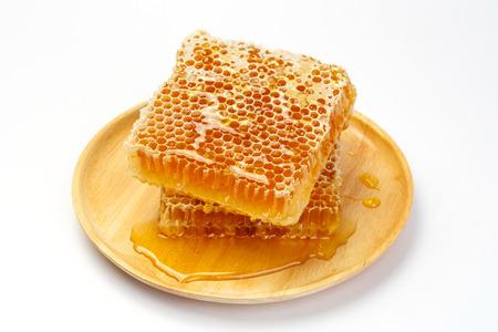 praiseworthy: Fresh honey with honeycomb