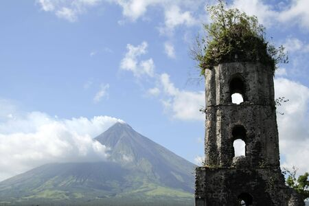 mayon: ruins of cagsawa church and mayon volcano in albay province south luzon in the philippines