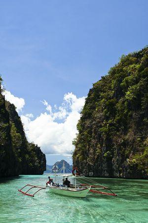 palawan: impresionantes paisajes alrededor del la isla de palawan nido, en Filipinas Foto de archivo