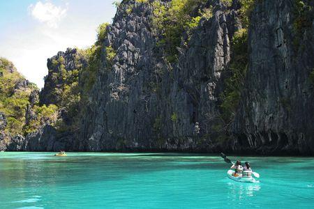 palawan: impresionantes paisajes alrededor el la isla de palawan nido, en las Filipinas