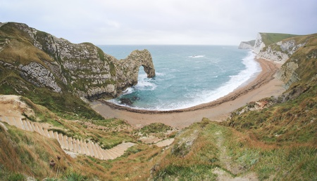 durdle: Rock formation natural arch of Durdle Door on the Jurassic Coast in Dorset, UK Stock Photo