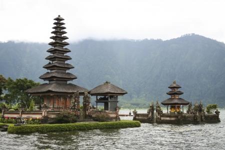 bratan: The Pura Ulun Danu hindu temple in the crater lake of bratan volcano in bedugal bali Stock Photo