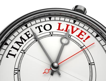 tempo di vivere l'orologio concetto isolato su sfondo bianco con percorso di clipping