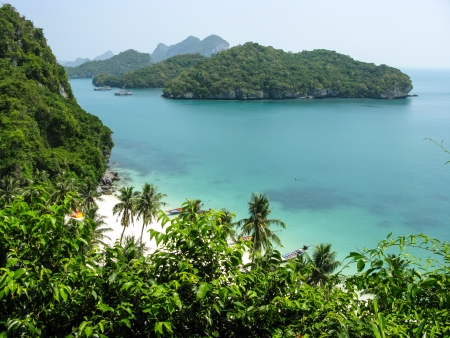 Viewpoint from 50 meters high of Ko Wua Talab in Mu Ko Ang Thong Marine National Park, Samui Island,Surathani, Thailand Stock Photo - 14489944