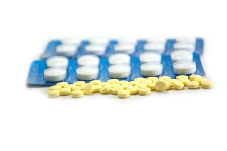 vitamines: Medicine background. Set of tablet
